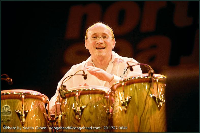 http://www.djembefola.fr/images/cours/photo-miguel_gomez-m-cohen.jpg