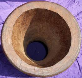 http://www.djembefola.fr/images/djembe/fut_djembe_interieur.jpg